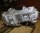 До винтика: перебираем моторы питбайков